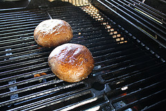 grilling-stuffed-mushrooms