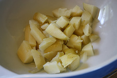 simple-potato-salad-recipe-cubed-potatoes-picture