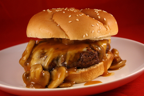 Hardees Mushroom and Swiss Burger Recipe - Cully's Kitchen