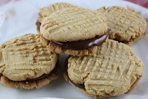 Fudge-Filled Peanut Butter Cookie Recipe