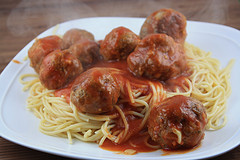 Beer-Braised Meatballs and Spaghetti