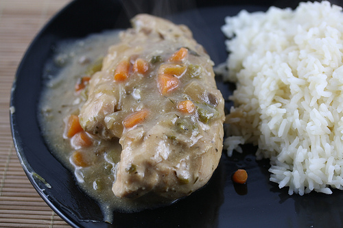 Slow Cooker Chicken with Veggies and Rice