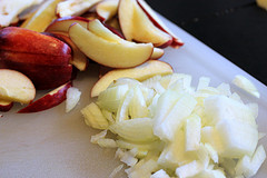 sliced apples and onion