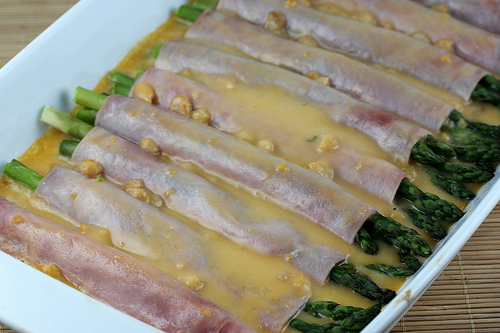 Ham and Asparagus Rollups Recipe