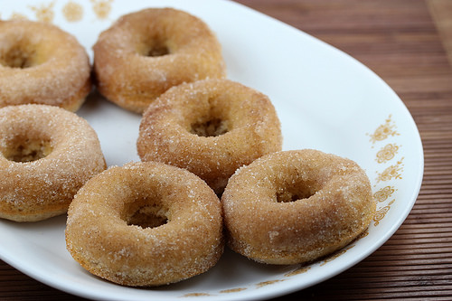 Buttermilk with Cinnamon Baked Doughnuts