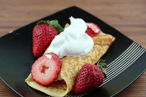 simple strawberry dessert crepes recipe