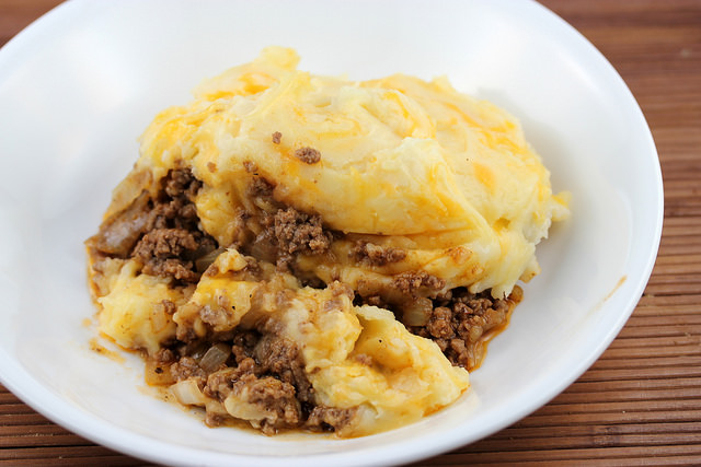 Ground Steak Cheddar Potato Pie Recipe