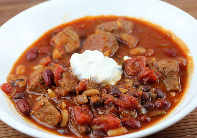 Slow Cooker Beef and Three Bean Chili Recipe | Free Delicious Italian ...
