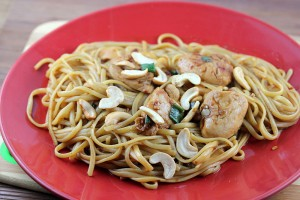 Cashew Chicken with Linguini Recipe