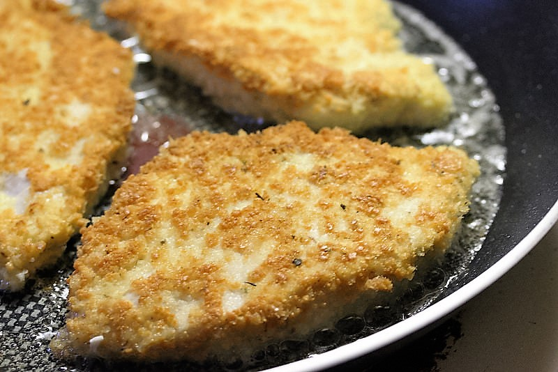 pan frying parm chicken