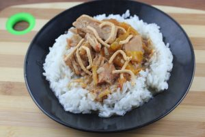 slow cooker thai pork with peppers 2