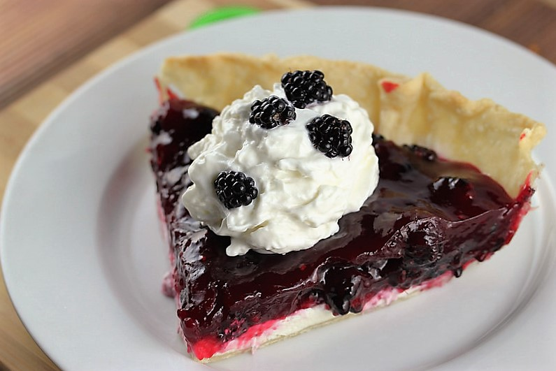 blackberry pie recipe picture