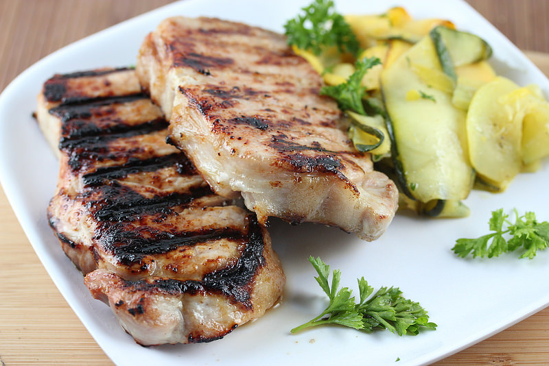 simple grilled pork chops recipe picture 2