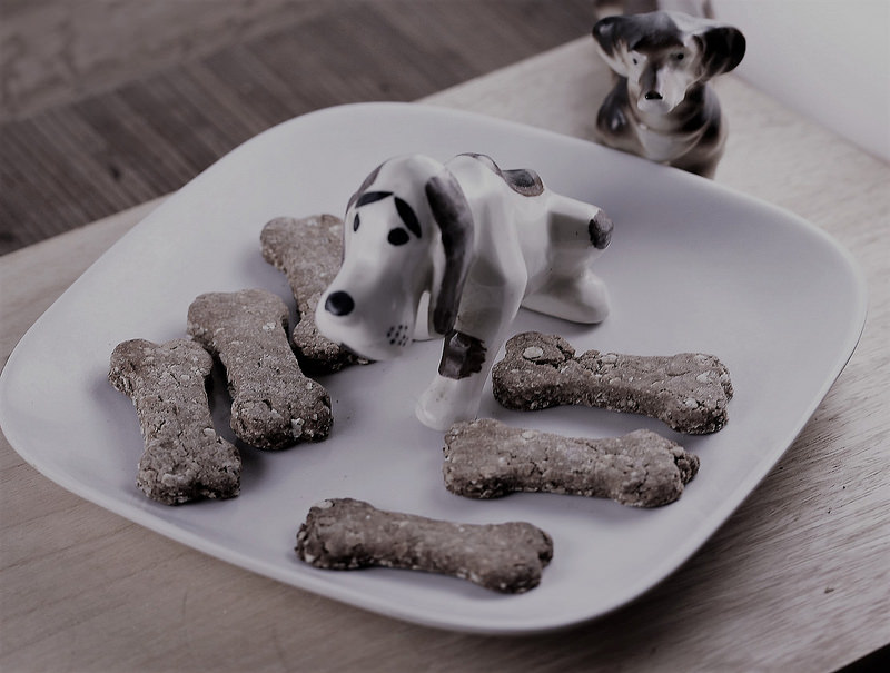 banana and peanut butter dog treats picture 2