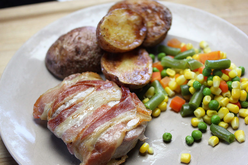 bacon wrapped pork chops recipe picture