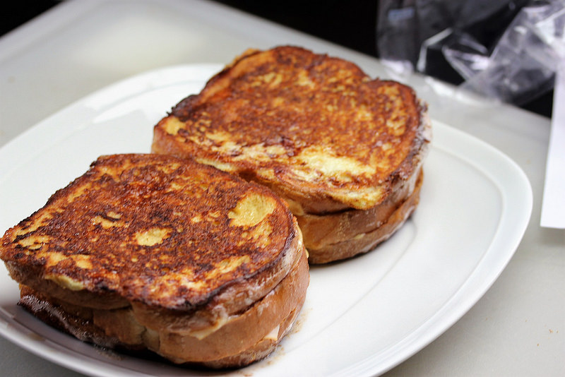 Monte Cristo Sandwiches recipe picture 2