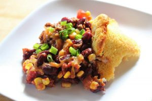 chili and cornbread recipe picture